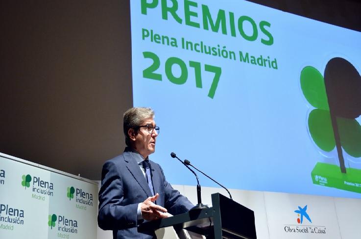 Mariano Casado dando la bienvenida en la gala