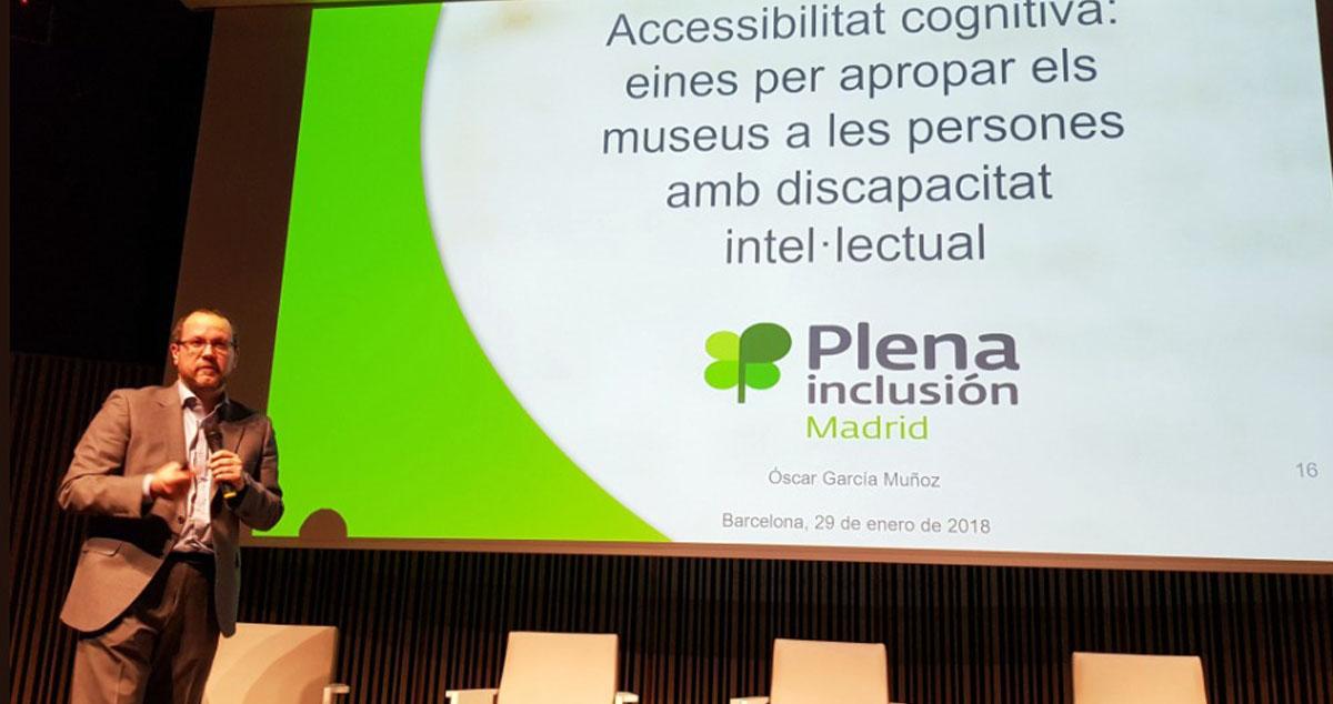 Imagen de Óscar García durante la presentación