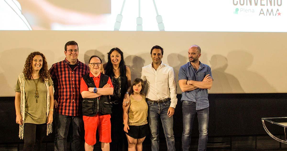 Foto de familia Firma Convenio