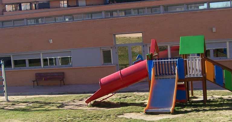 patio colegio Cepri