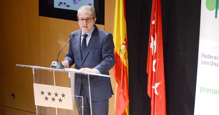 Mariano Casado durante un acto de reconocimiento a familias en 2019
