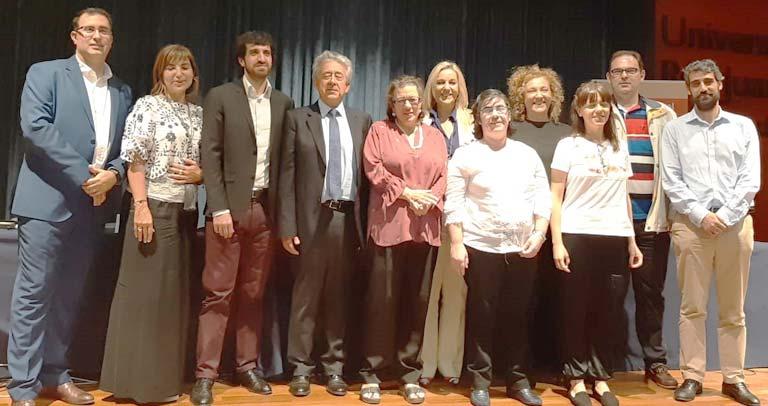 Foto de familia de los ponentes
