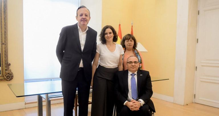 Reunión del presidente del CERMI y Díaz Ayuso