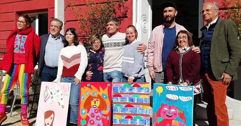Artistas con síndrome de Down, en el mercadillo Handbel