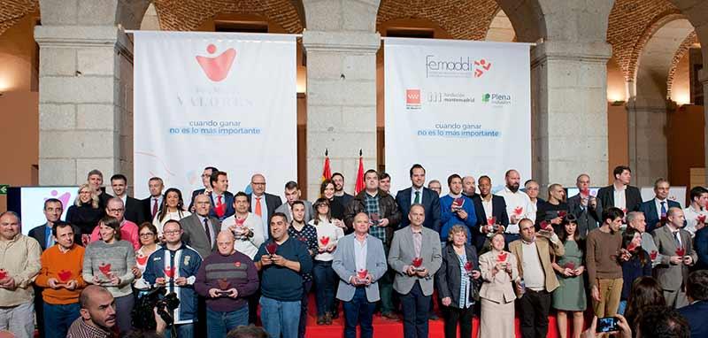 Imagen de los premiados en la Gala Valores de Femaddi