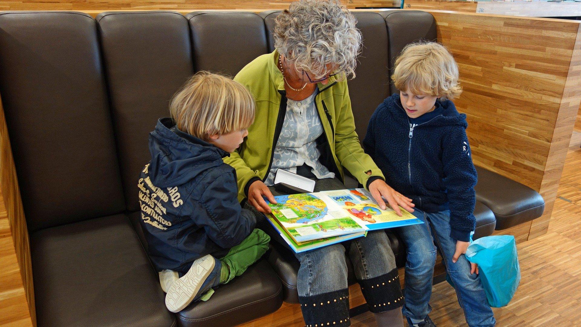 Lecturas para celebrar el Día del Libro en confinamiento