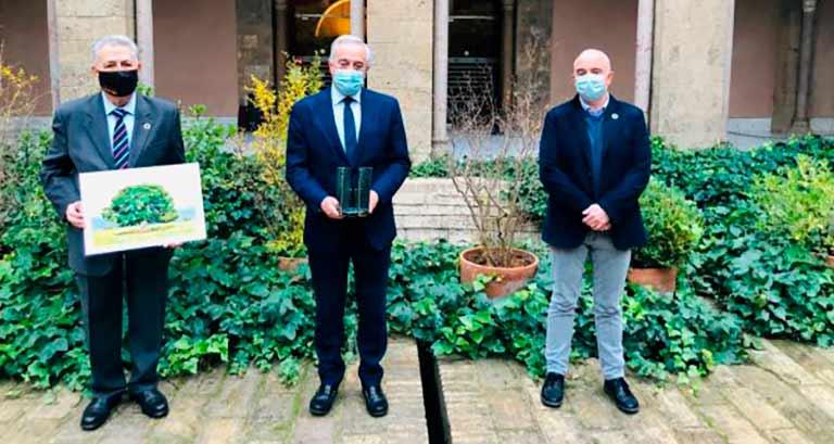 Talismán recibe el premio ATADES