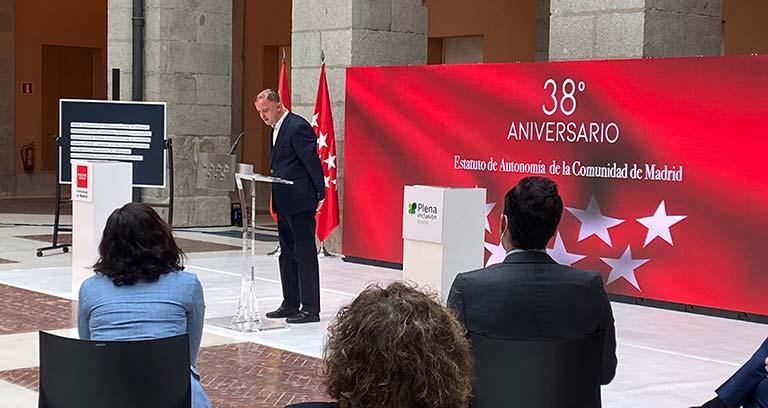 Intervención de Kiko Mora en la sede de la Comunidad de Madrid