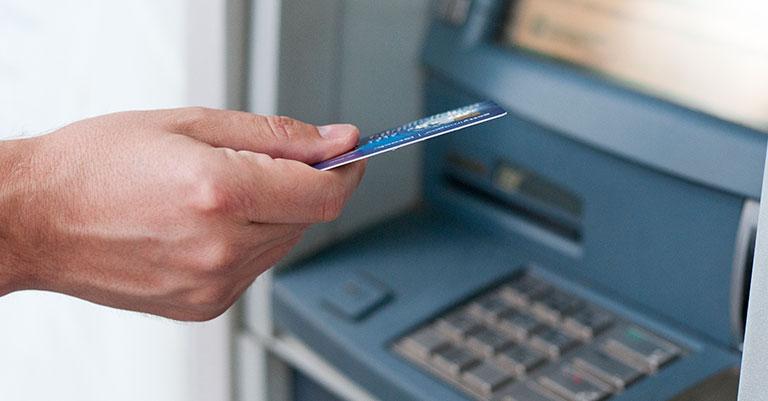 Colaboramos en una guía en lectura fácil sobre servicios bancarios