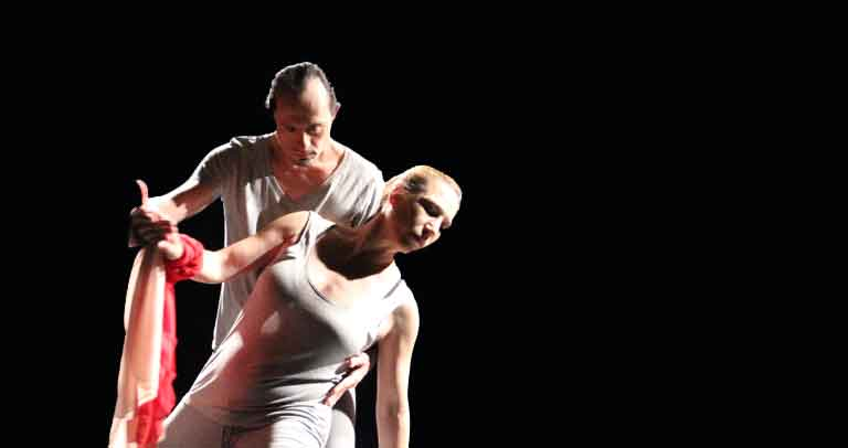 ARtistas bailando