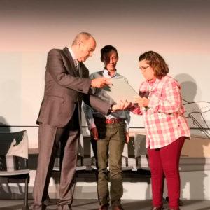 celeste Álvarez firma el acta de constitucion de la plataforma estatal de personas con discapacidad
